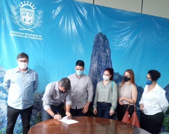 BRK doa equipamentos à Prefeitura de Cachoeiro para apoiar vacinação contra a Covid-19