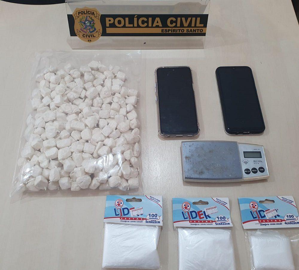 Polícia apreende cocaína com casal em Cachoeiro