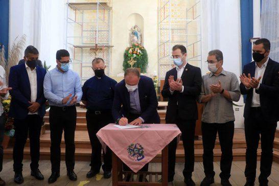 Governador transfere a capital do Espírito Santo para a cidade de Anchieta