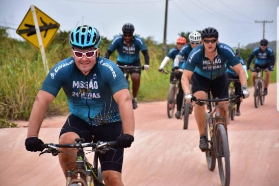 Ciclistas participam do Pedal Missão Jesuíta 24h
