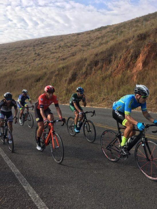 Ciclista Alexandre Cardoso sobe ao pódio mais uma vez