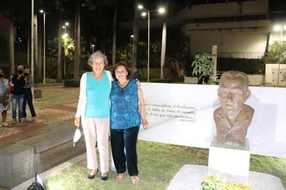 Busto-Newton-Braga (9)