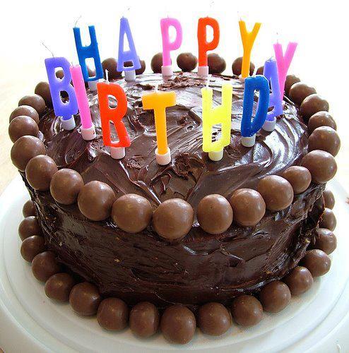 happybirthday 001 - Happy Diaversary!