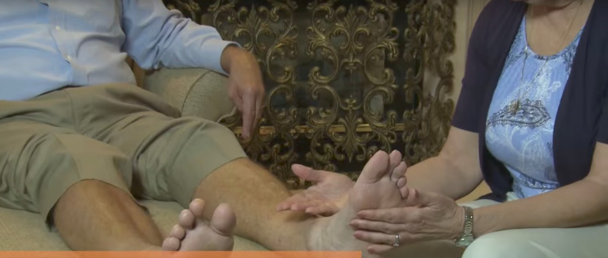 Your Foot Exam: A One Minute Video from @APMA and SALSA @UAMedTucson #DiabeticFoot
