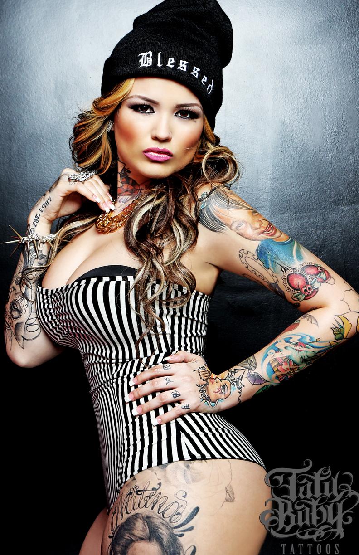 Beautiful Model And Tattoo Artist Tatu Baby