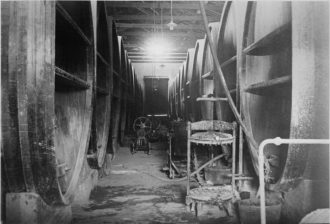 Bodega Sardi Interior