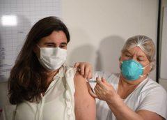 Mendoza aplicó solo el 36% de las vacunas recibidas