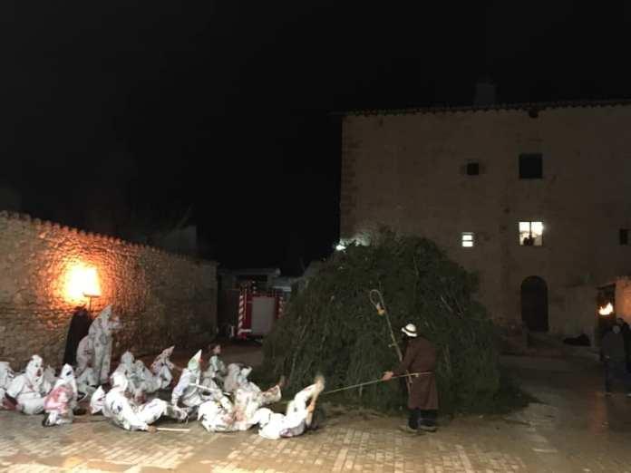 Ortells viu la seua festa de Sant Antoni i Sant Blai