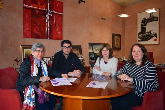 El Grup de Dones dels Ports rep el Premi Isabel Ferrer pel seu treball de promoció de la igualtat