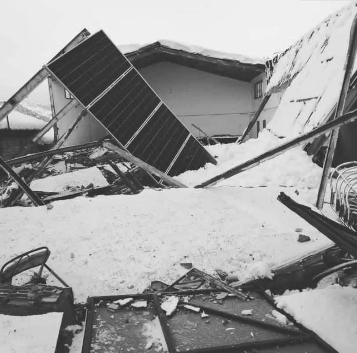 Derrumbe del tejado del polifuncional de La Cuba