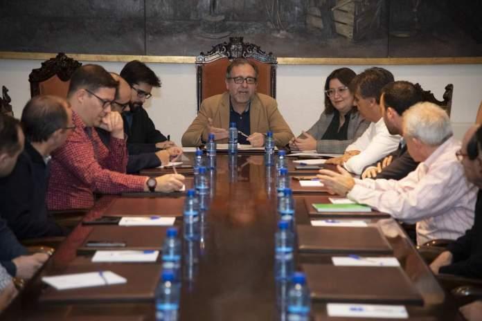 Reunió amb els alcaldes sobre l'ermitori de Penyagolosa