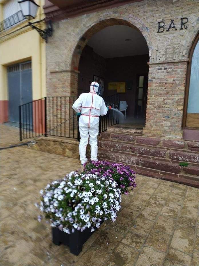 Desinfecció als carrers de La Serratella (Fotos, Ajuntament)