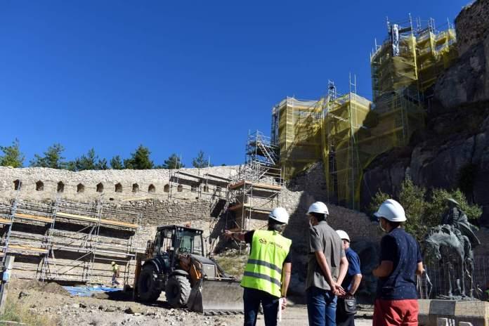 Treballs de rehabilitació al Castell de Morella