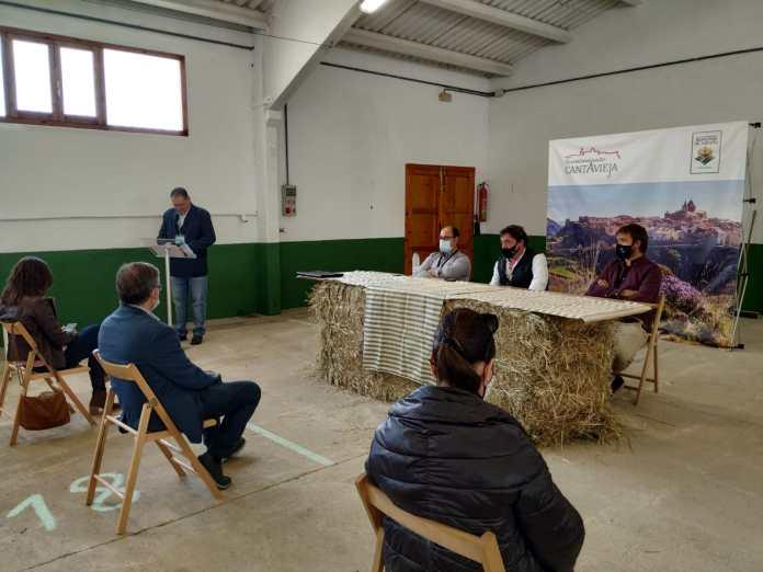 Subasta nacional de ganado en la Feria de Cantavieja