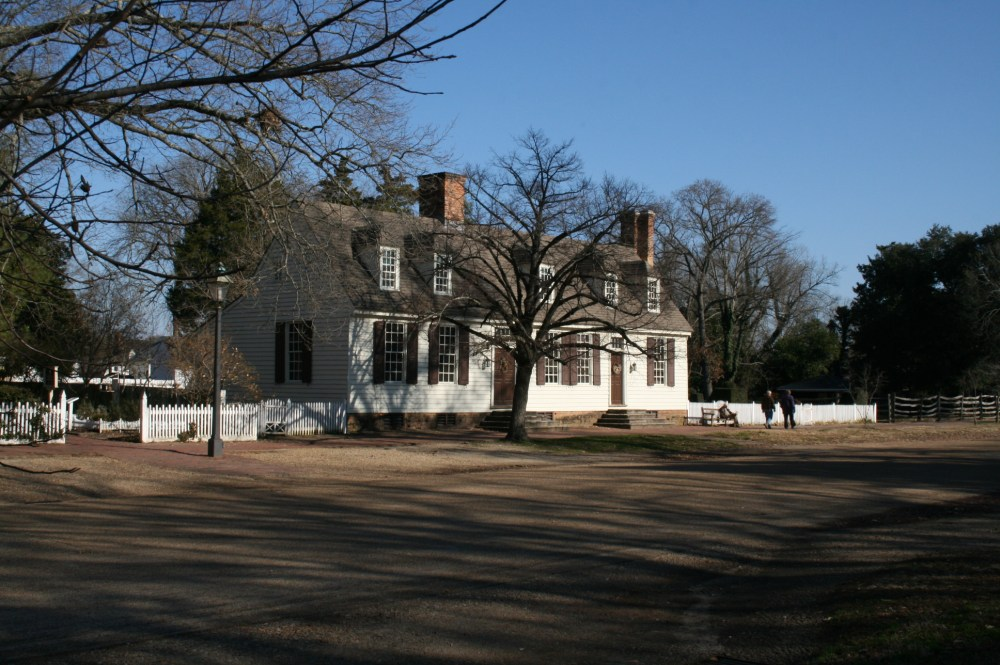 Colonial Williamsburg at Christmas (1/6)