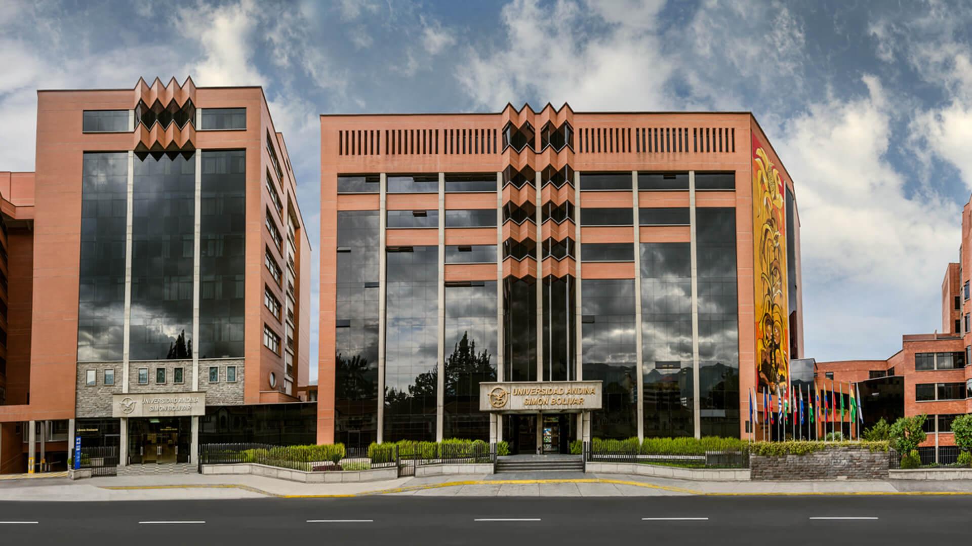 Universidad Andina: 30 años de formación de alto nivel