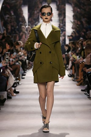 dior-fall-2016-winter-2017-fw16-rtw-fashion-collection-dresses-17-olive-green-coat