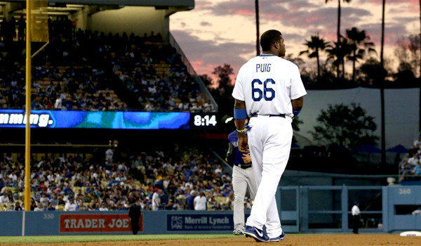 la-sp-dn-yasiel-puig-leaves-game-second-straig-001