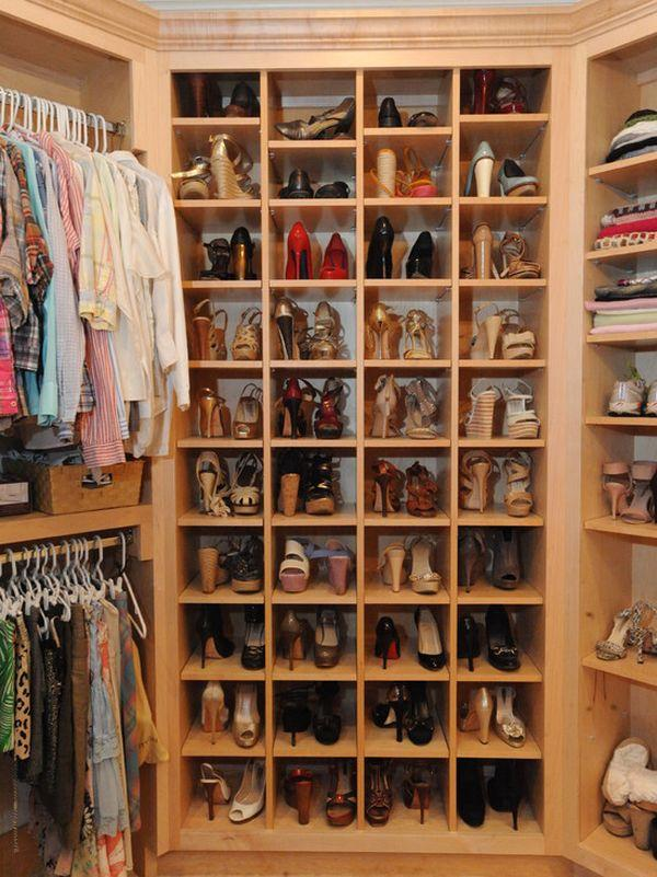 women-closet-shoes-storage