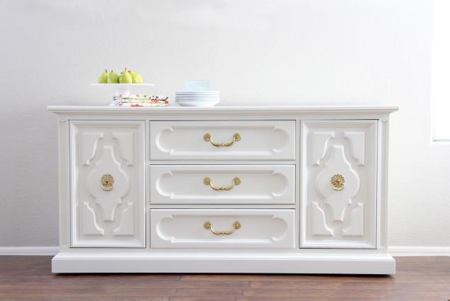 white-painted-furniture