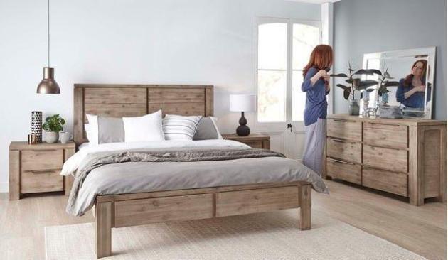 timber-bedroom-set