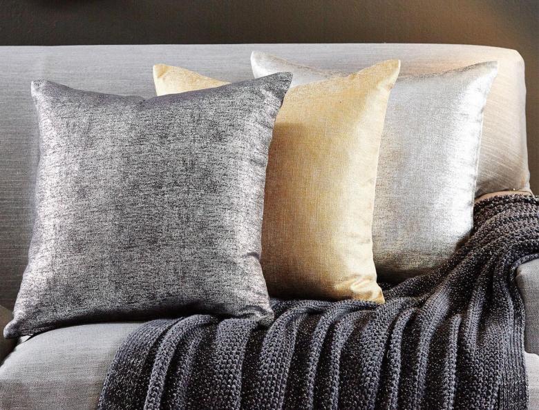 m_f-glimpse-glitter-cushions-45x45-188946-r