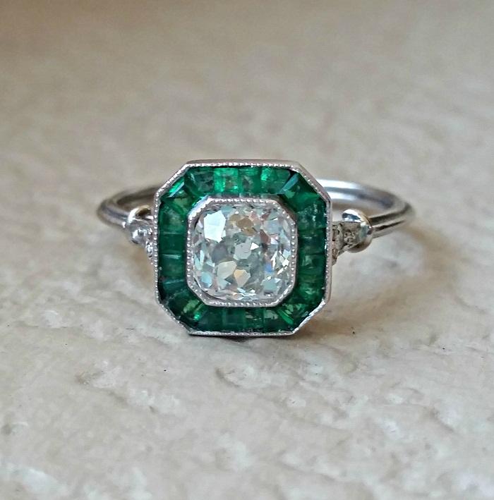 Art Deco diamond \u0026 Emerald ring