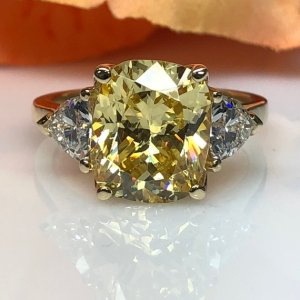Huge 3.60Ct Canary Yellow Cushion Cut Diamond Fancy Engagement Ring 14k Yellow Gold
