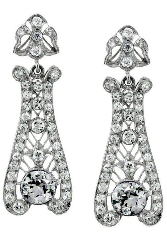 A pair of stunning Art Deco diamond drop earrings.