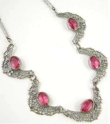 Transitional Art Deco pink glass necklace