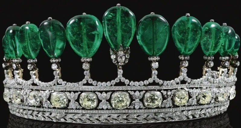 Magnificent and rare antique emerald and diamond royal tiara. Via Diamonds in the Library.