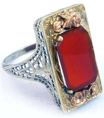 14K antique Art Deco carnelian three tone gold filigree ring. Via Diamonds in the Library.