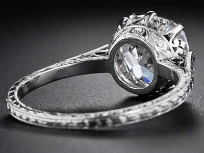 2.90 carat antique cushion-cut diamond engagement ring, circa 1915. Alternate view. Via Diamonds in the Library.
