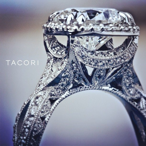 Amazing Tacori engagement ring (style no. HT2606RD10). Via Diamonds in the Library.