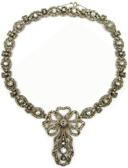 Antique diamond necklace, Cartier. Paris, circa 1905. Via Diamonds in the Library.