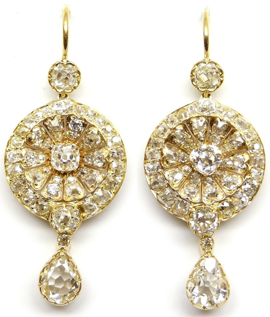 "19th century ""Anglo-Indian"" diamond earrings. Via Diamonds in the Library."
