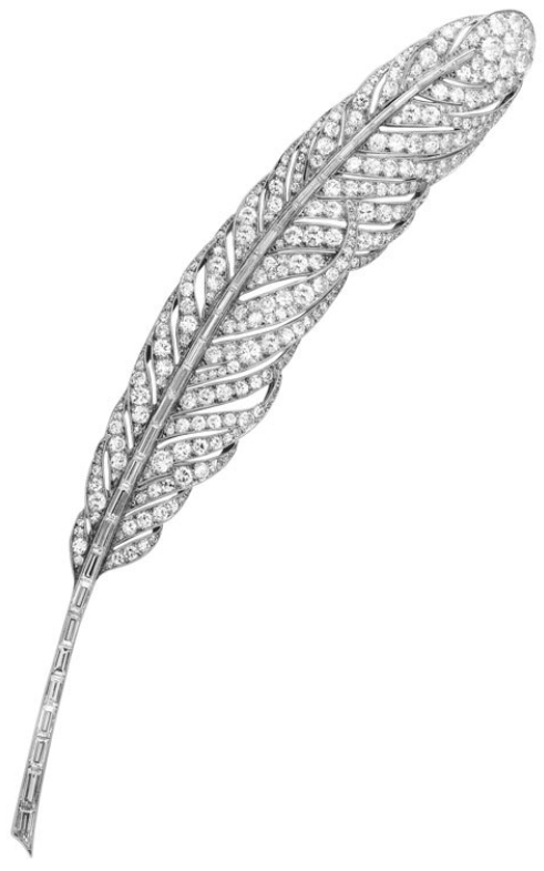 Art Deco platinum and diamond feather brooch by Van Cleef & Arpels, circa 1928. Via Diamonds in the Library.