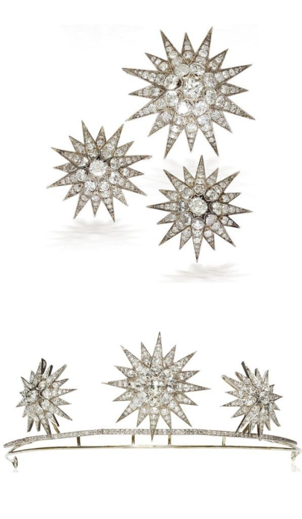 A beautiful antique diamond starburst tiara, circa 1890. The starbursts detach and may be worn separately as brooches. Via Diamonds in the Library.