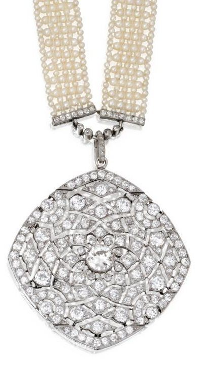 Detail; Art Deco seed pearl and diamond sautoir by Cartier, circa 1915.