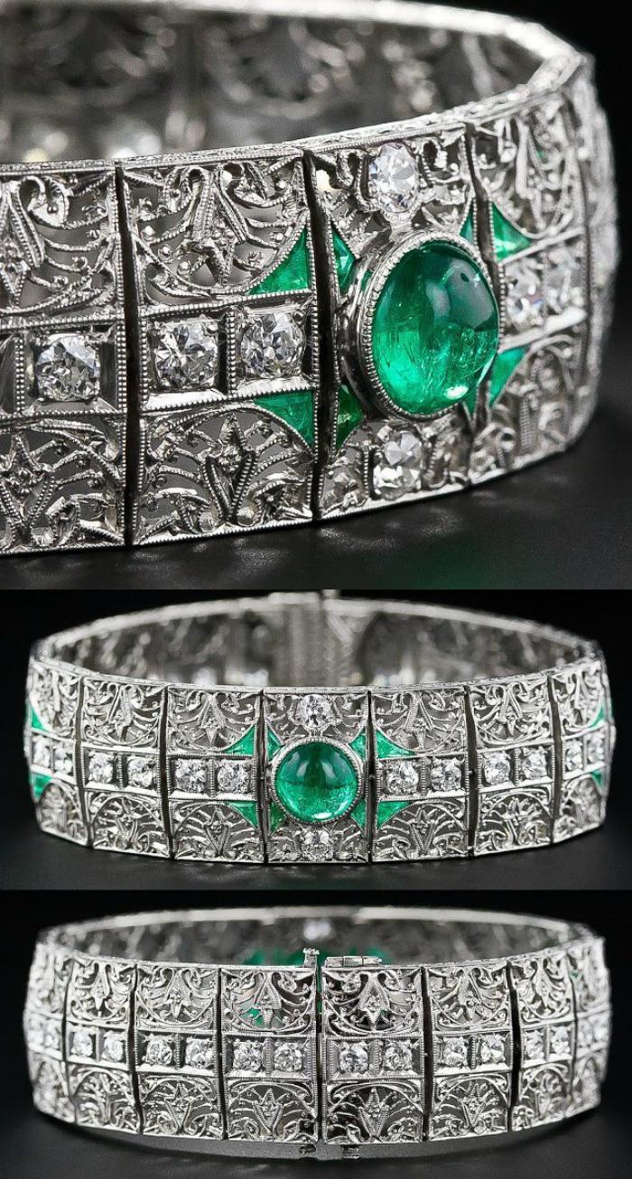 A fantastic antique emerald and diamond bracelet, circa 1910-1920. Via Diamonds in the Library.