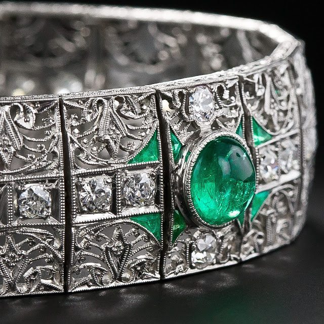 A stunning antique emerald and diamond bracelet, circa 1910-1920. Via Diamonds in the Library.