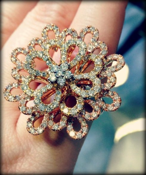 Fabulous gold and diamond cocktail ring by Odelia. Via Diamonds in the Library.