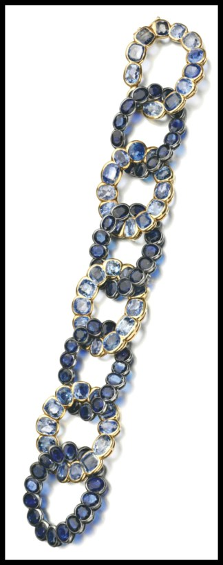 Vintage Cartier sapphire bracelet previously owned by Wallis Simpson, Duchess of Windsor. Set in gold and featuring an alternating pattern of dark and light blue sapphires. Circa 1945. Via Diamonds in the Library.
