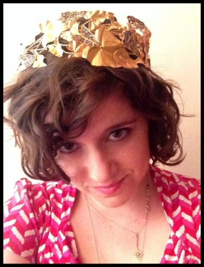 Becky in a fabulous Thyreos Vassiliki gold and diamond wreath tiara.