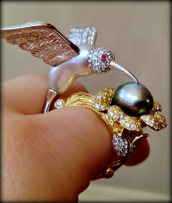 Emiko Pearls' bird ring, a one of a kind piece featuring Keshi pearls and white and yellow diamonds.