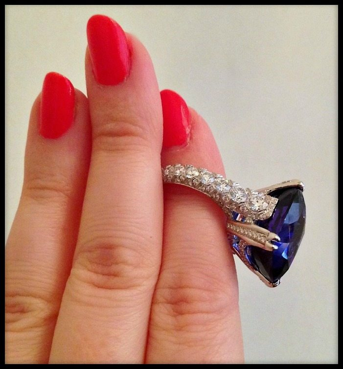 Fabulous Omi Prive tanzanite and diamond ring.