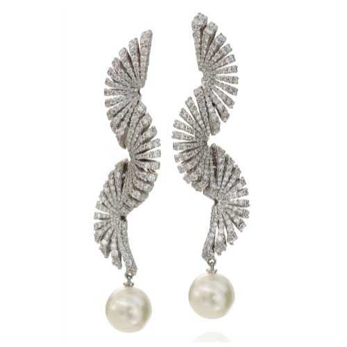 Miseno's Ventaglio Diamond and Pearl Earrings - 6.71cts white diamonds and 4.57cts pearls set in 18K white gold.