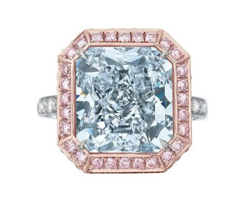 The Royal Blue - a 10.06 carat natural Vivid Fancy Blue diamond (VVS1,Type IIb) set in rose gold with vivid pink diamonds.