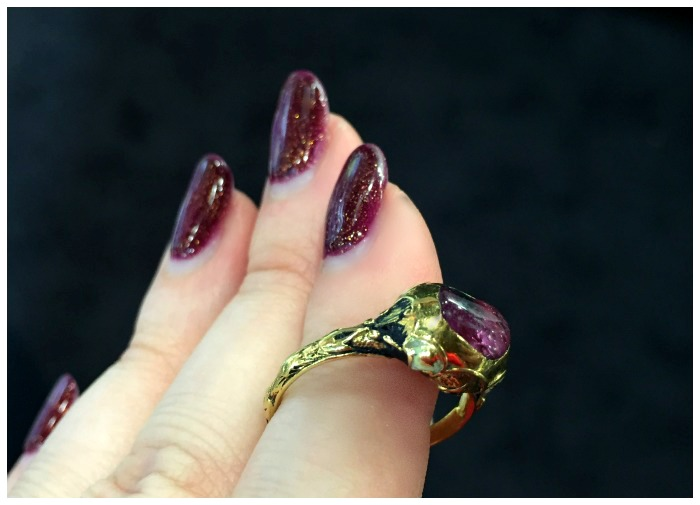 A rare, Renaissance era ruby ring from 1560. In gold, with enamel. At Roy Rover.