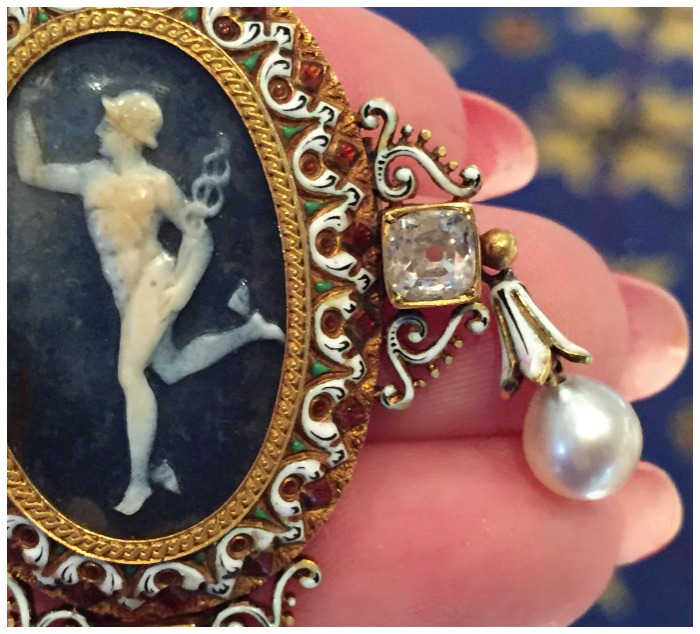 Detail of a stunning Victorian Renaissance revival cameo pieced by renowned French goldsmith, Froment-Meurice. At M. Khordipour.